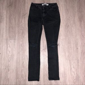 Brandy Melville Black Ripped Jeans